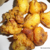 Gobhi Bhajias/ Gobhi Ke Pakore/ Cauliflower Fritters In Indian Style